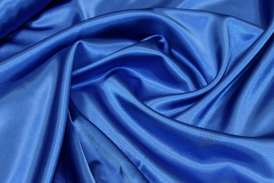d9a37455b1af Saten Pes El AZURA MODRÝ BW446 - látka na společenské šaty ...